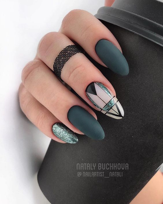 40 Stunning Geometric Nail Art Designs
