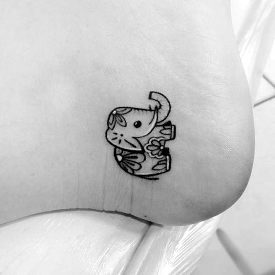 30 Tiny or Small Tattoo Ideas and Designs for Women