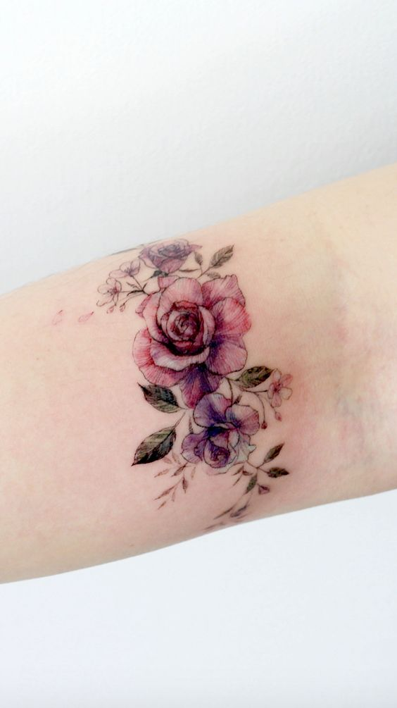 31 Gorgeous Flower Tattoos for Women