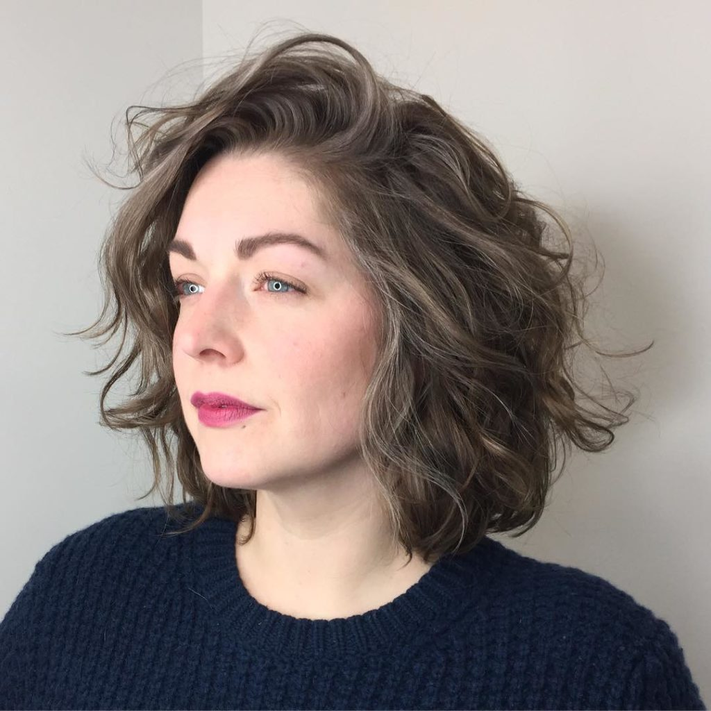 65 Attractive Wavy Bob Hairstyles in 2019