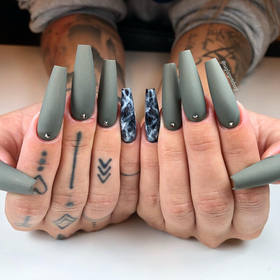 69 Outstanding Matte Coffin Nail Art Designs With Different Colours