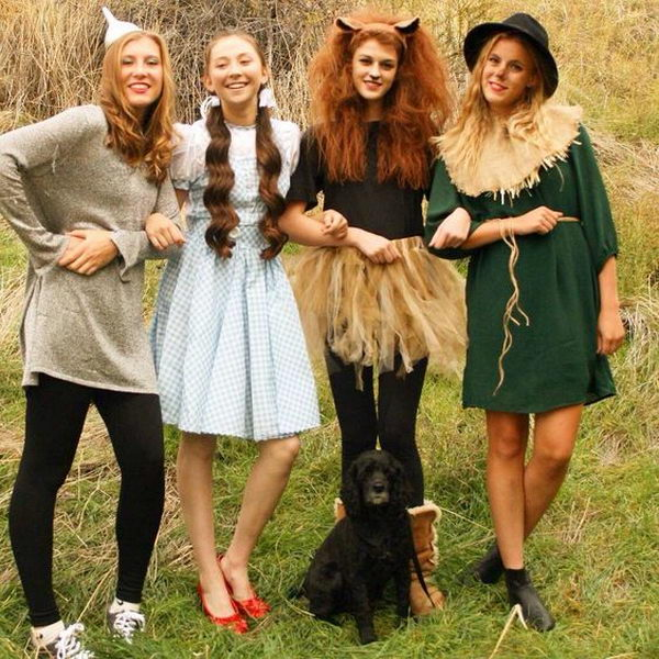 60+ Creative Girlfriend Group Halloween Costumes