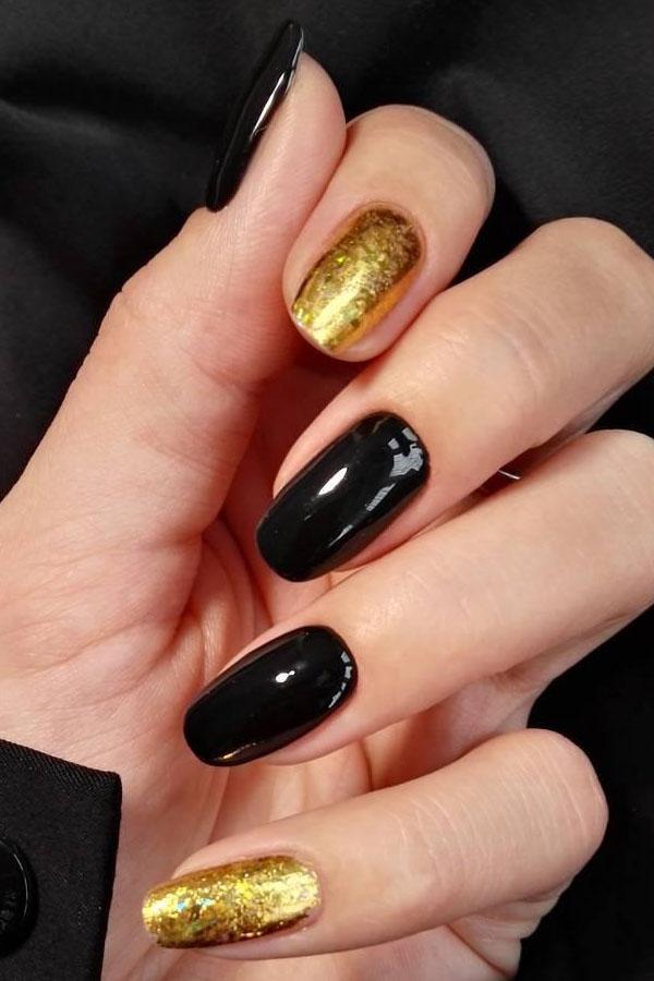 35 Classy Gold Nail Art Designs for Fall
