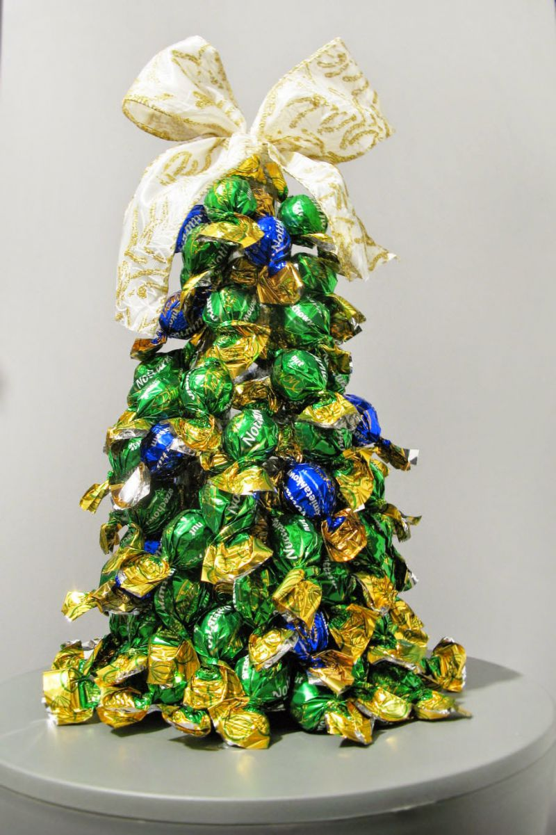 40 Cute and Creative DIY Mini Christmas Tree Ideas