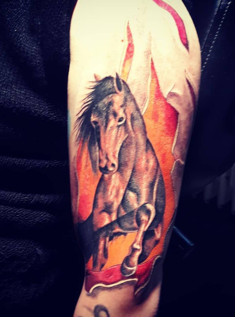 Pretty Horse Tattoos Let You March Forward Courageously