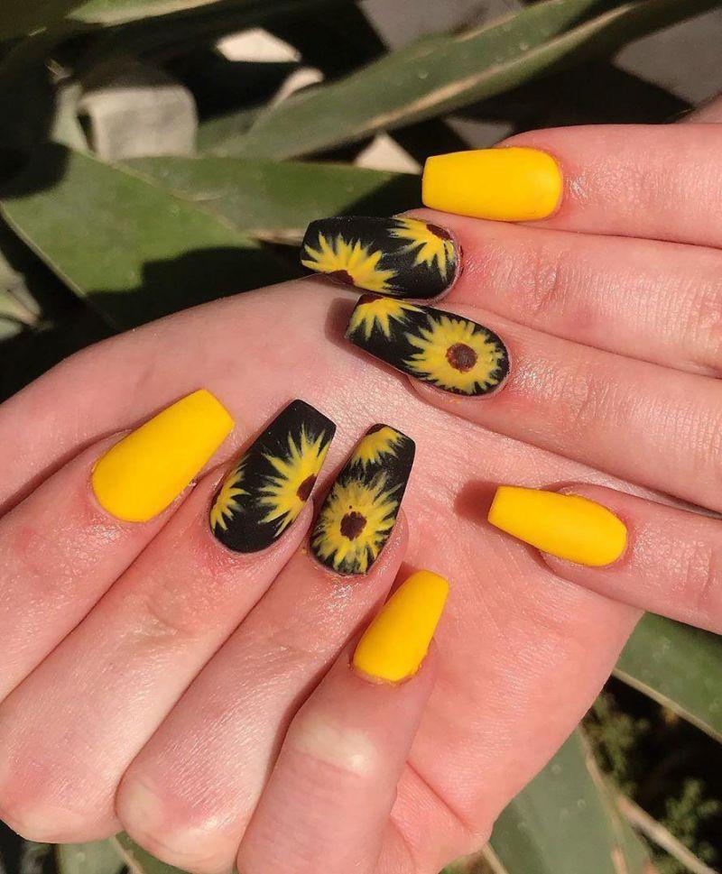 Trendy Sunflower Nail Art Designs for Summer