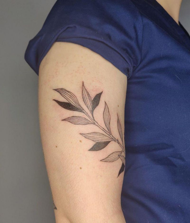 Pretty Leaf Tattoos Make You Elegant and Beautiful