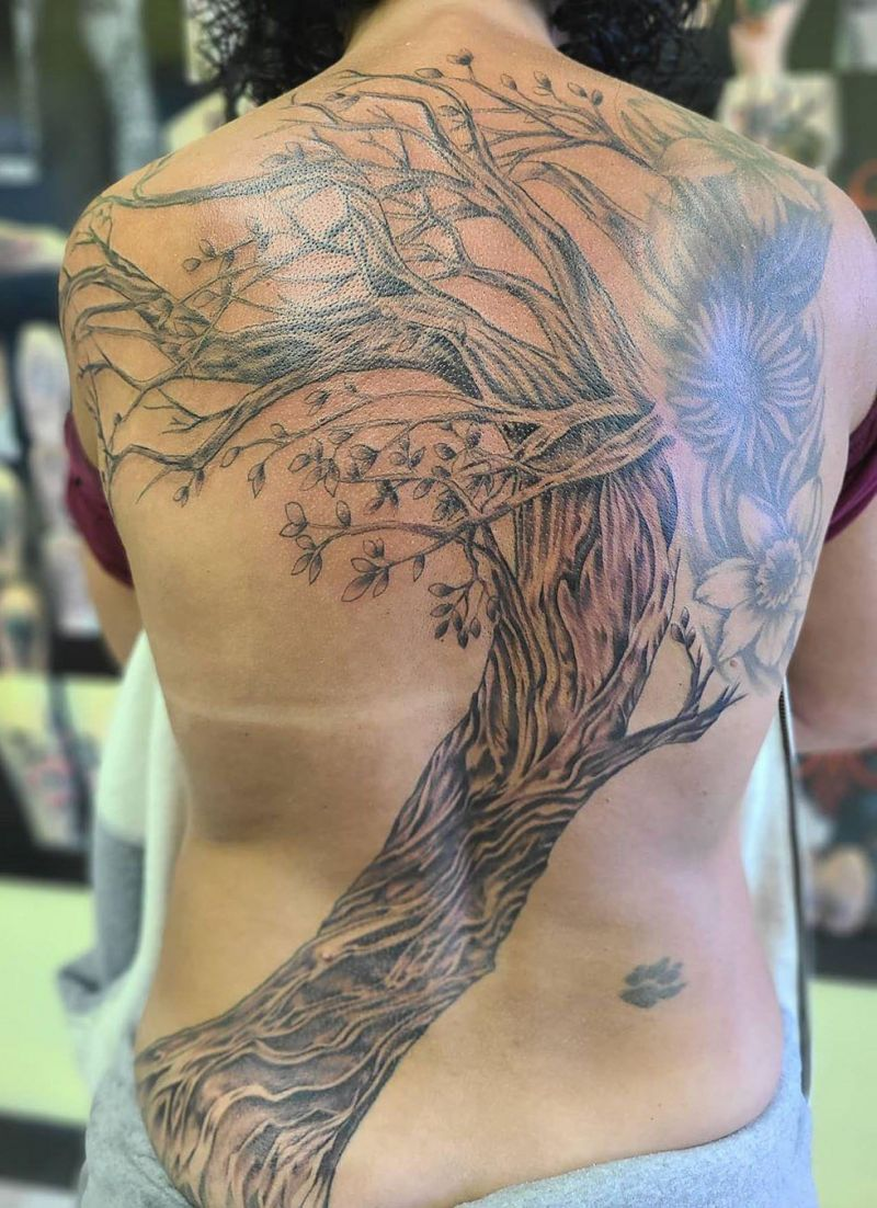 Pretty Back Tattoos That Make You More Attractive