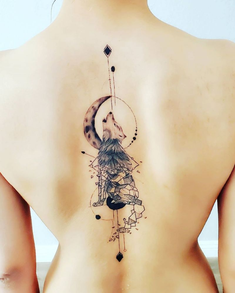 Pretty Spine Tattoos that Make You Sexy