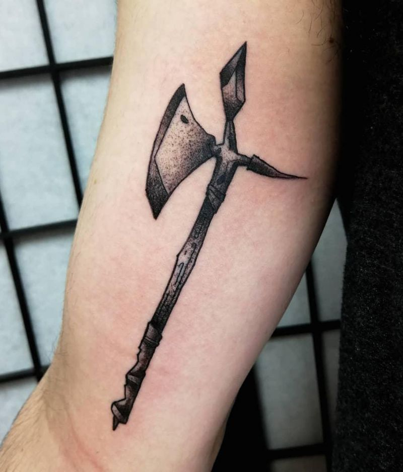 30 Traditional Axe Tattoos You Will Love