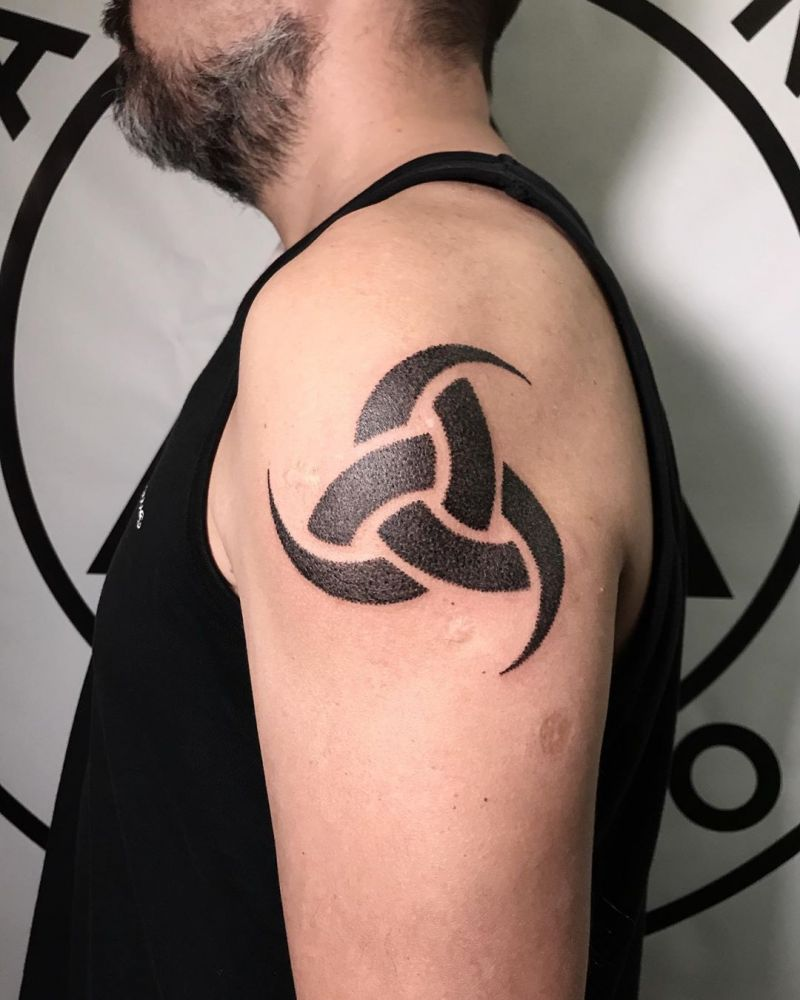 30 Pretty Triskelion Tattoos You Will Love
