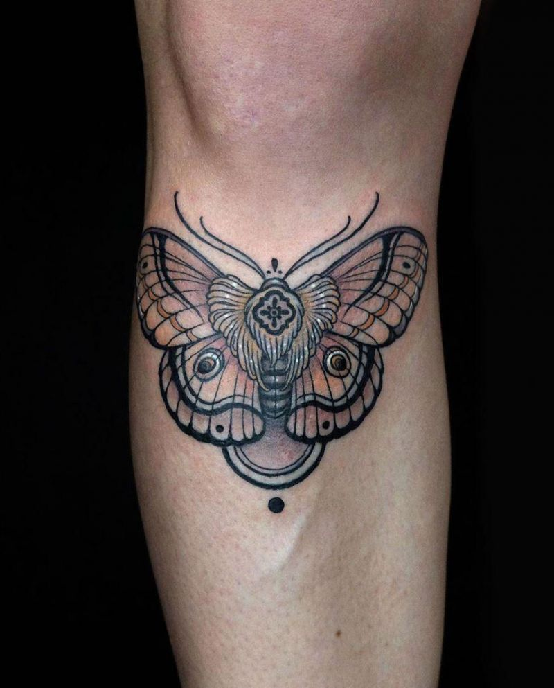 30 Pretty Moth Tattoos You Will Love to Try