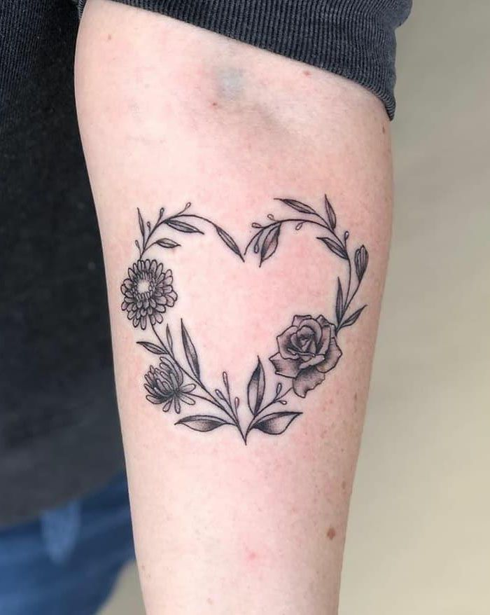 30 Pretty Flower Heart Tattoos You Must Try