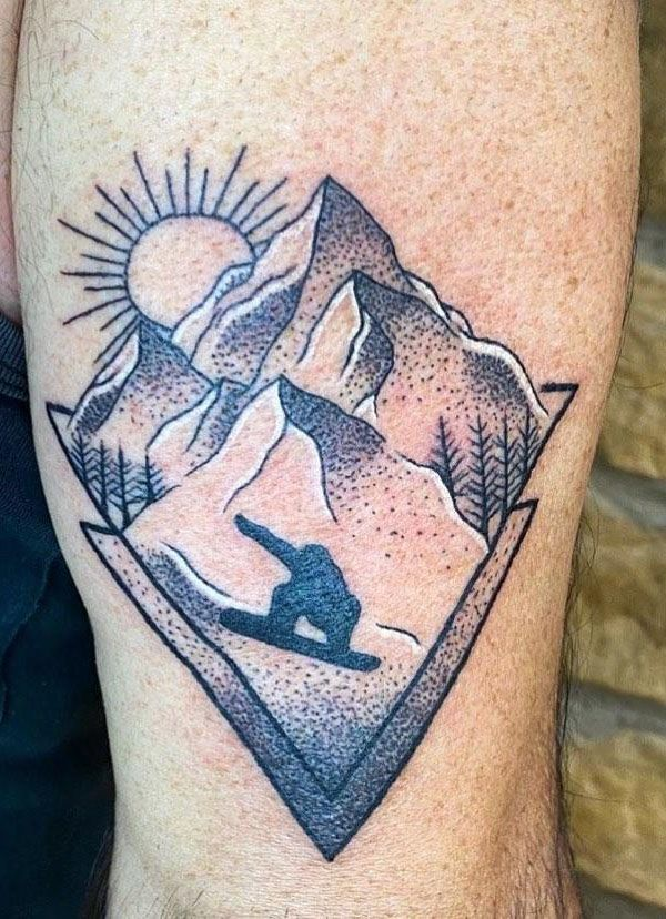 30 Pretty Mountain Tattoos You Will Love