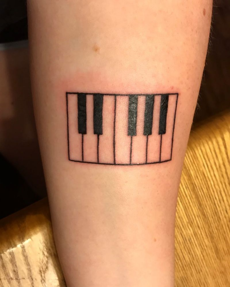 30 Pretty Piano Tattoos You Can't Miss