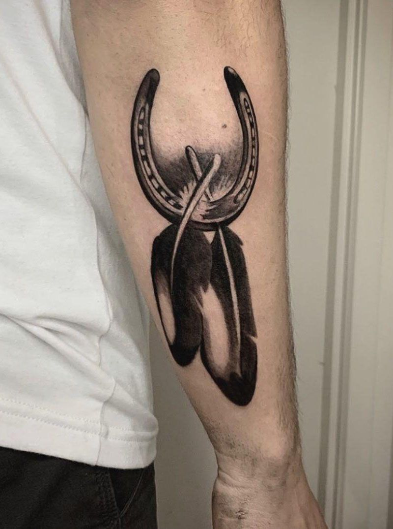 30 Perfect Horseshoe Tattoos Make You Attractive