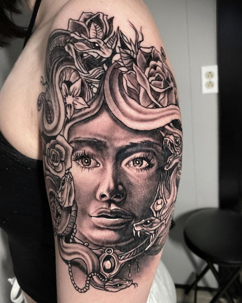 30 Pretty Gorgon Tattoos You Will Love