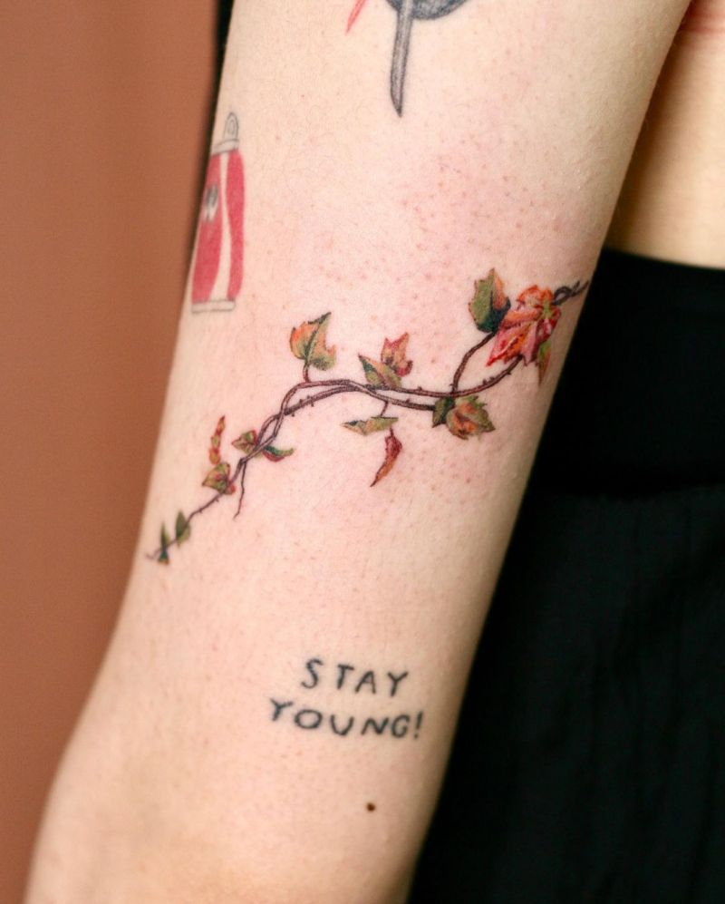 30 Pretty Ivy Tattoos Improve Your Temperament