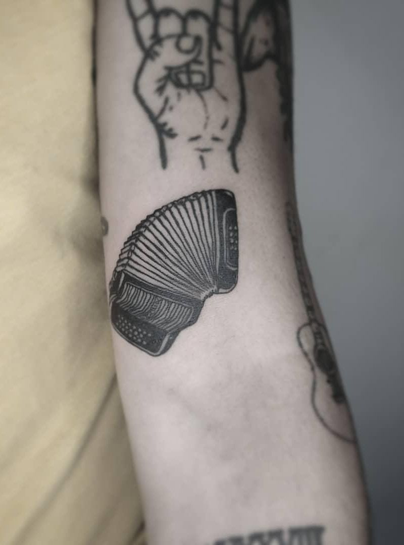 30 Pretty Accordion Tattoos that Can Enhance Your Temperament