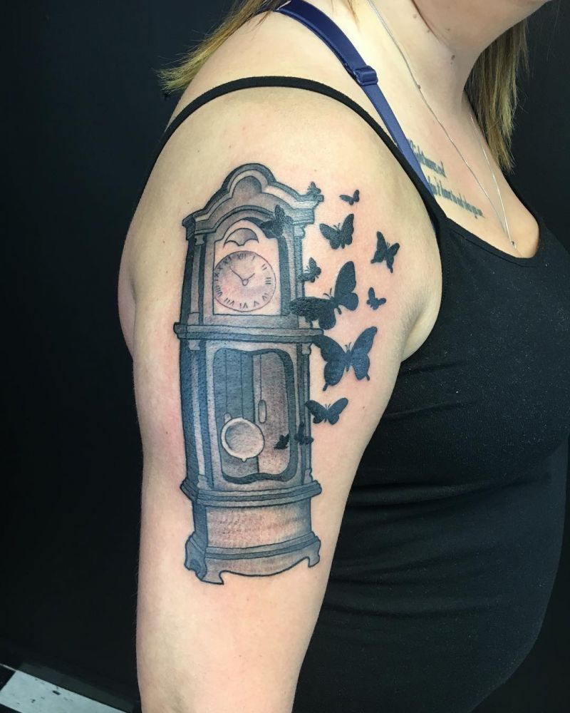 30 Pretty Grandfather Clock Tattoos for Inspiration