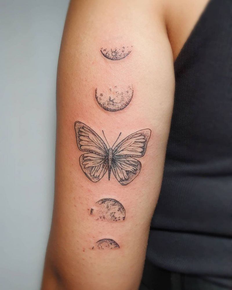30 Pretty Moon Tattoos You Will Love