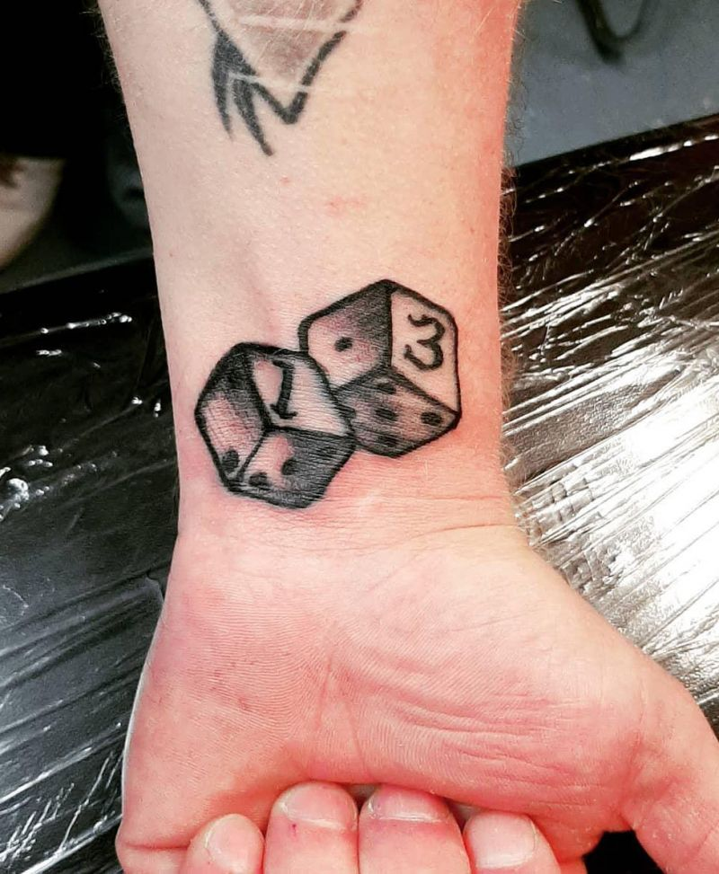 30 Pretty Dice Tattoos Hope to Bring You Luck