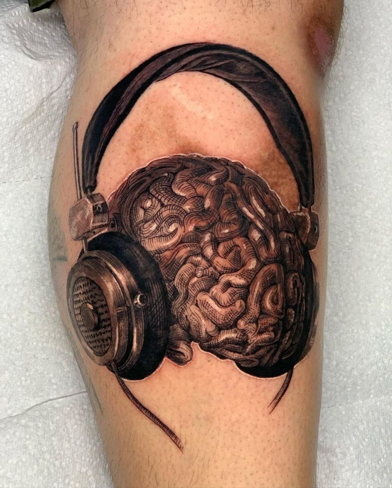 30 Pretty Headphones Tattoos You Will Love