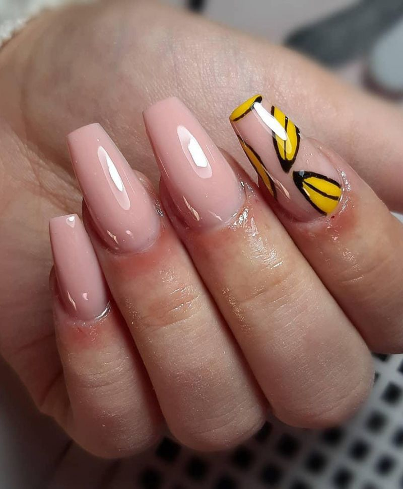 30 Stylish Banana Nail Art Designs You Can Copy